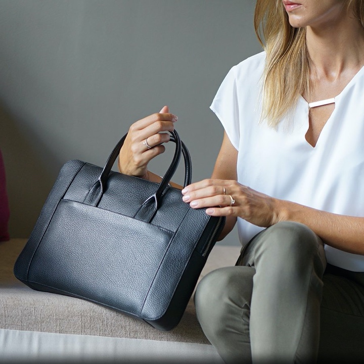 Briefcase (13 inch) - Black - Granulated Leather